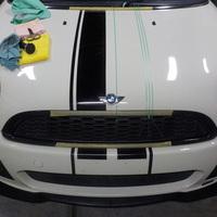 BMW ミニクラブマン、ストライプ貼りのサムネイル